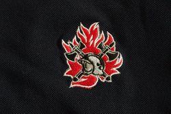 Sweater ronde hals met borduur oude vlam nieuwe helm