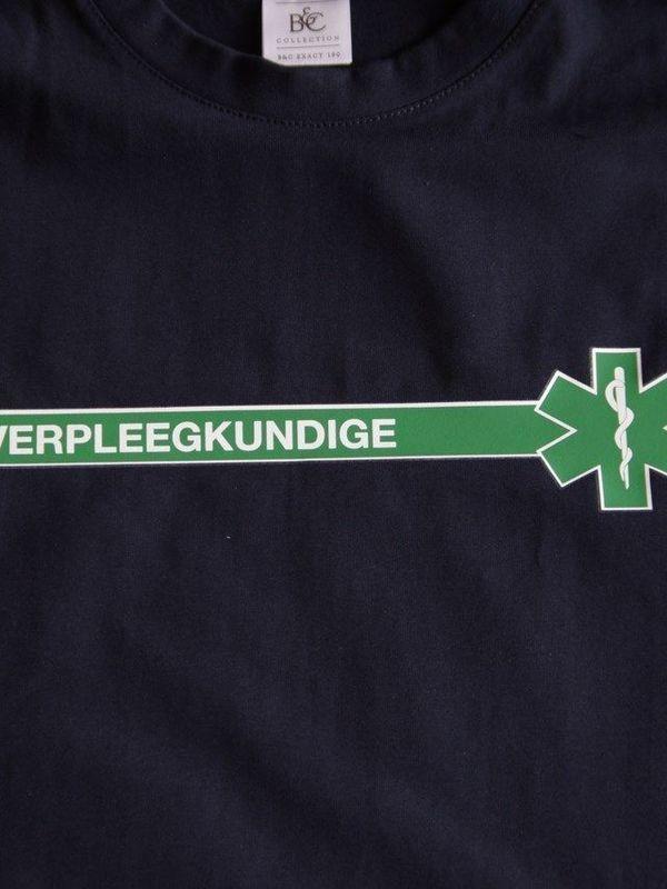 t-shirt verpleegkundige (groene streep)